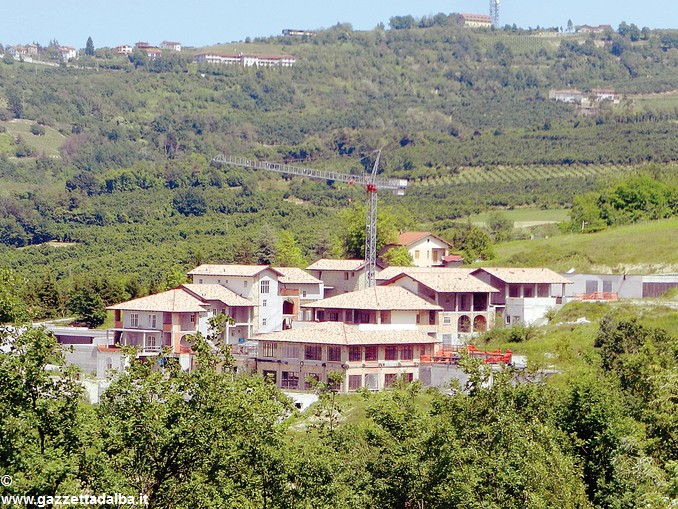 resort cerretto langhe