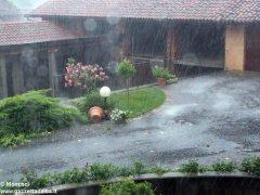 Ceresole: raffiche di vento e grandine causano ingenti danni a colture e abitazioni 3