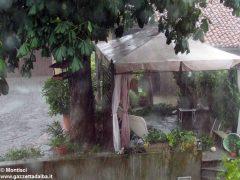 Ceresole: raffiche di vento e grandine causano ingenti danni a colture e abitazioni 4