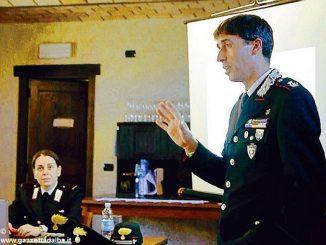 Una lezione dei Carabinieri forestali sulla salvaguardia di alberi e boschi