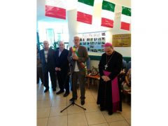 Il vescovo Marco Brunetti alla casa di riposo Divina Misericordia 12