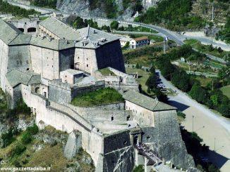 Un pullman da Alba per seguire il concerto di Filippo Cosentino al forte di Exilles