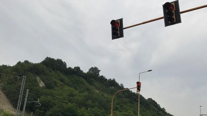 Riparato il semaforo di Piana Biglini in seguito alla segnalazione di Gazzetta