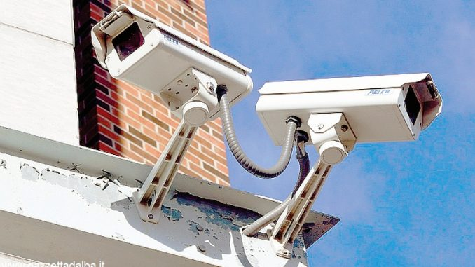 La sicurezza in città passa attraverso una selva di telecamere