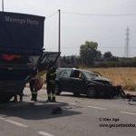 Grave incidente tra un'auto e un camion a Vaccheria