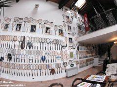 È nato a Baldissero il primo Museo della racchetta da tennis