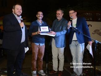Buona la prima per il Radio Alba Festival. A Nicolas Roncea il premio di Gazzetta d'Alba