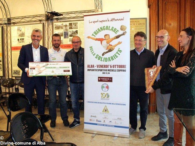 Calcio: parlamentari in campo al Coppino a favore di SportAbili