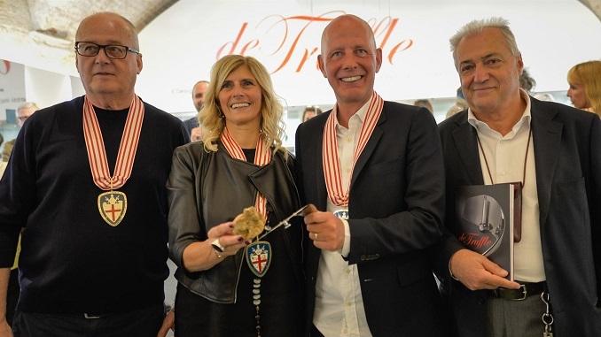 Ben Van Berkel è l'ideatore dell'affetta tartufi dedicato ad Alba