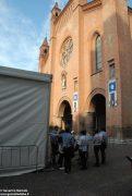 """Fa discutere il grande """"capannone"""" montato in piazza del Duomo 1"""