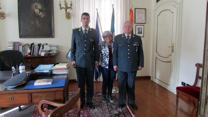 Bra: il nuovo comandante della Guardia di Finanza ricevuto in Comune