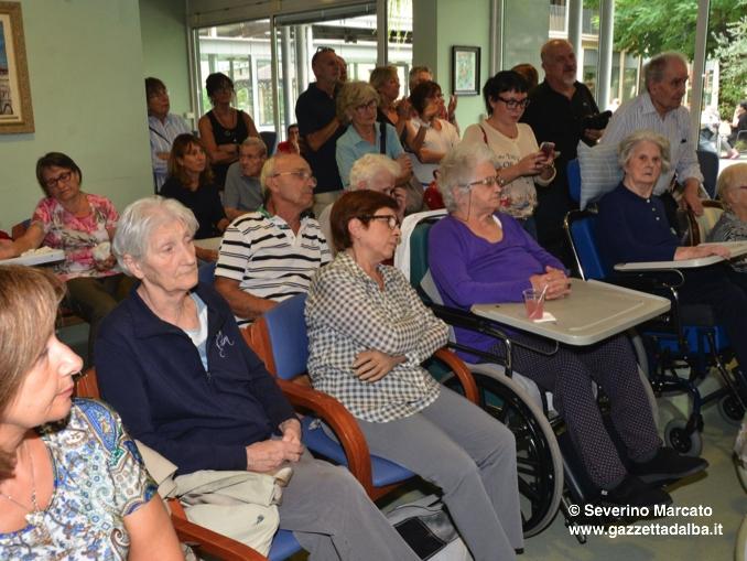 Inaugurati all'Ottolenghi di Alba un nuovo giardino verticale e sollevatori per gli ospiti