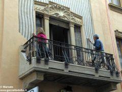 I decori del Settecento emergono in un palazzo in via Pierino Belli 3