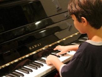 A Canale si può provare ogni strumento musicale per tutto ottobre