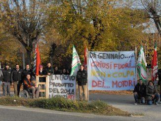 Presidio dei lavoratori della Came di Roddi contro i licenziamenti