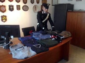 Sequestro di abbigliamento contraffatto nei mercati della Fiera del tartufo