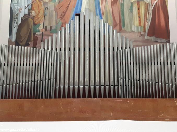 Foto organo Cristo Re 1