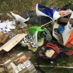Il sindaco di La Morra contro l'abbandono dei rifiuti lungo le strade