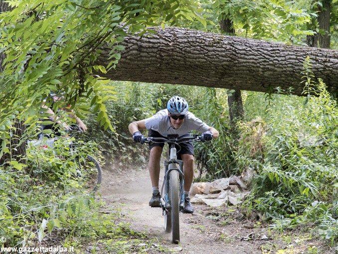 Se il turismo si muove in e-bike tra le rocche del Roero 2