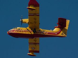 Incendi: anche due Canadair dalla Croazia per fronteggiare l'emergenza