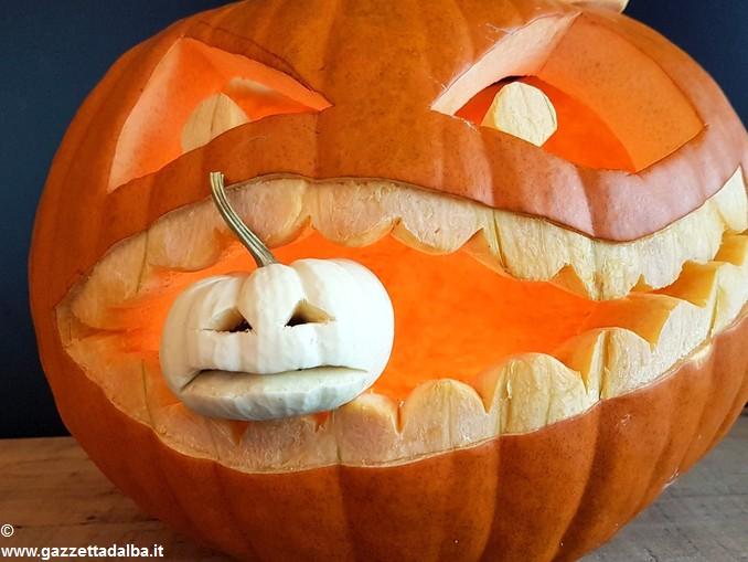 Halloween zucca intagliata