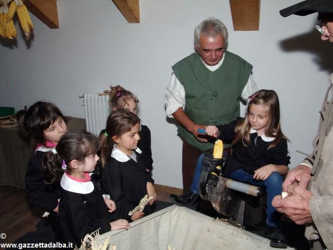 Antichi mestieri a scuola Priocca Govone (8)