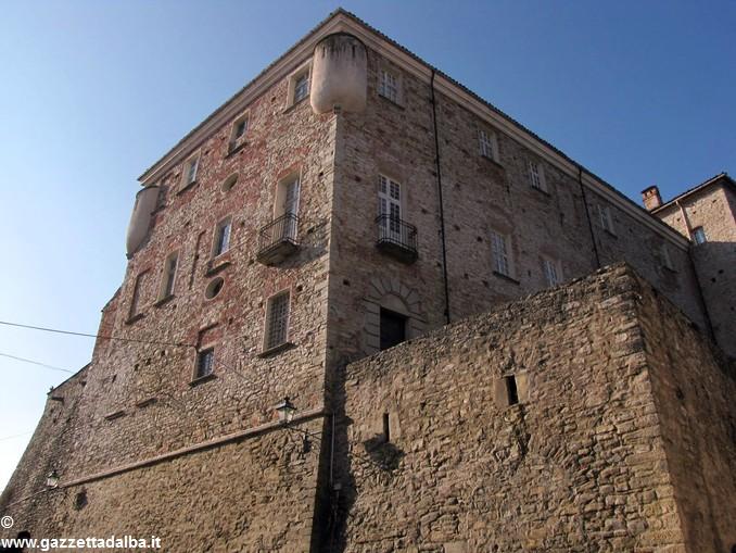 Cravanzana_castello
