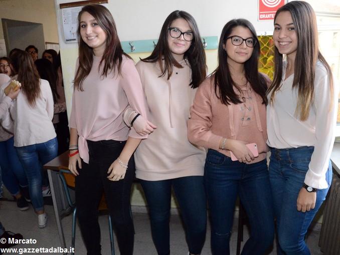 Liceo Da Vinci pink day contro la violenza sulle donne (1)
