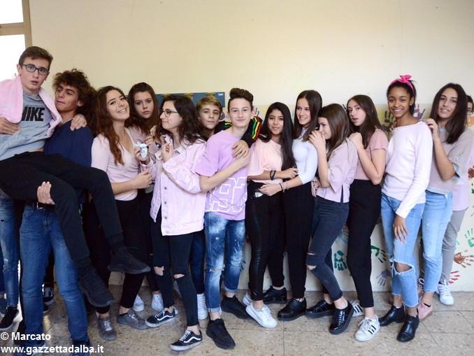Liceo Da Vinci pink day contro la violenza sulle donne (11)