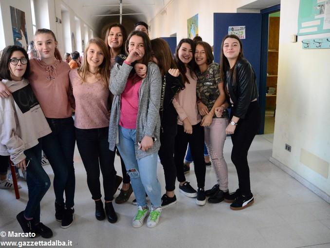 Liceo Da Vinci pink day contro la violenza sulle donne (16)