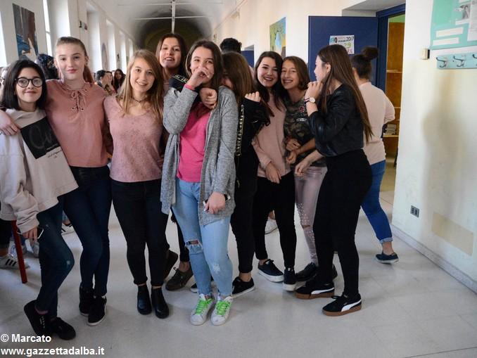 Liceo Da Vinci pink day contro la violenza sulle donne (17)