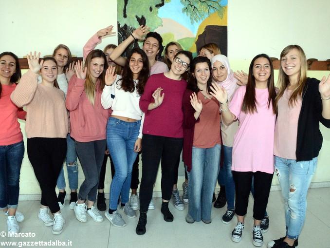 Liceo Da Vinci pink day contro la violenza sulle donne (20)
