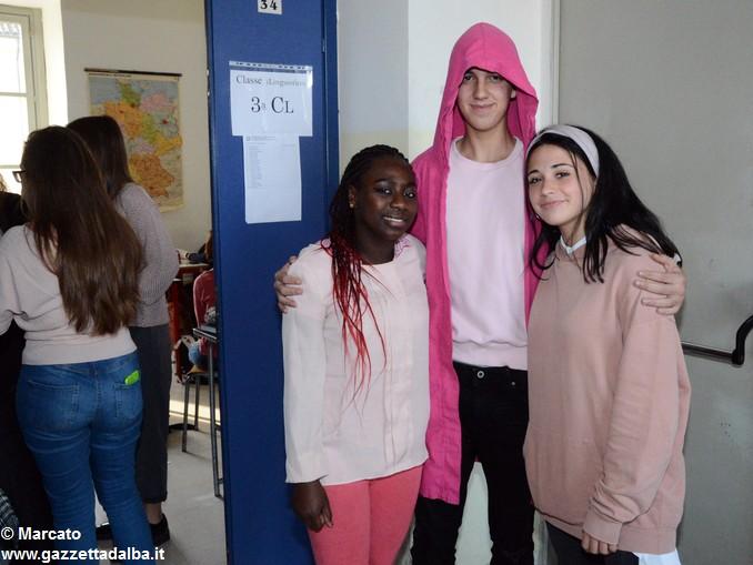 Liceo Da Vinci pink day contro la violenza sulle donne (21)