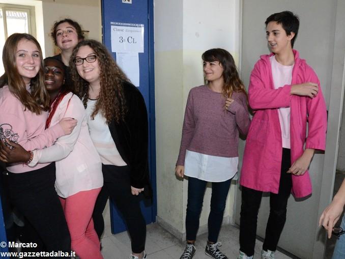 Liceo Da Vinci pink day contro la violenza sulle donne (23)