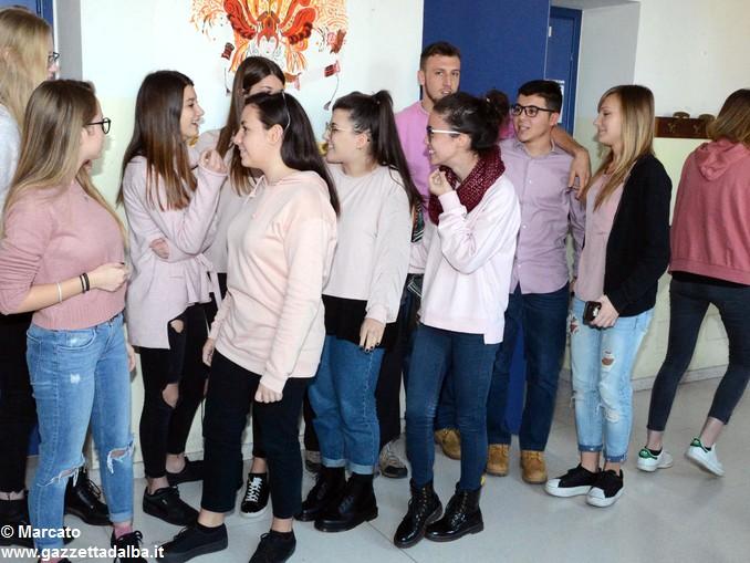 Liceo Da Vinci pink day contro la violenza sulle donne (27)