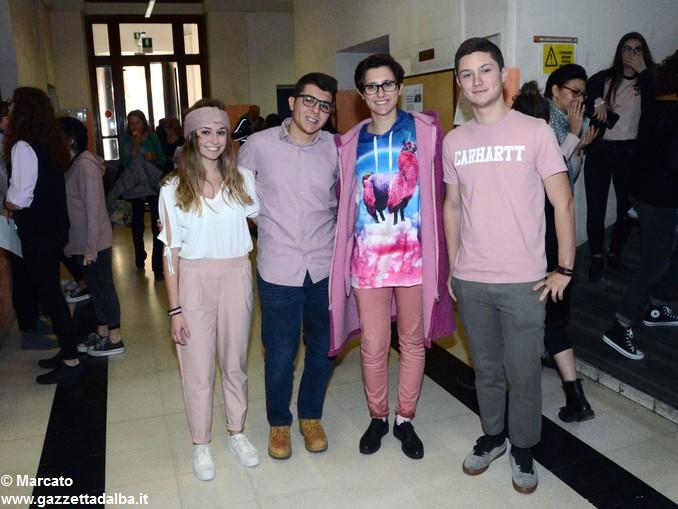 Liceo Da Vinci pink day contro la violenza sulle donne (32)