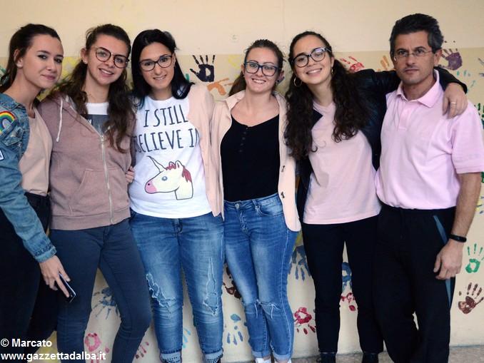 Liceo Da Vinci pink day contro la violenza sulle donne (4)