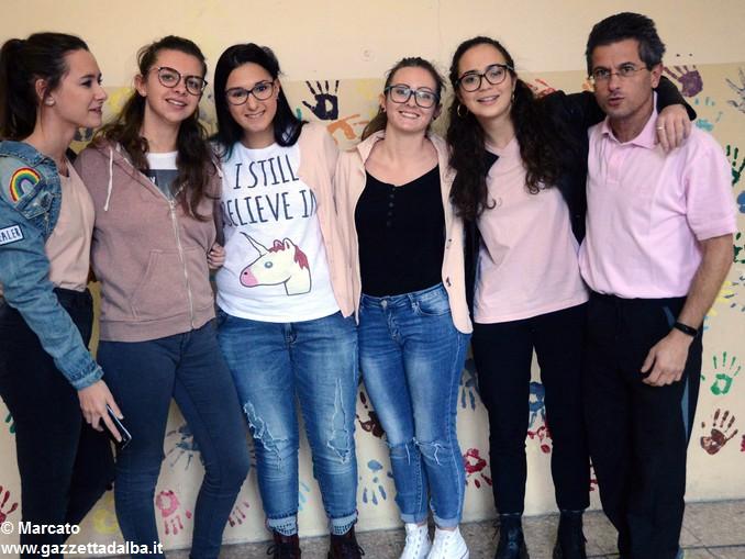 Liceo Da Vinci pink day contro la violenza sulle donne (5)