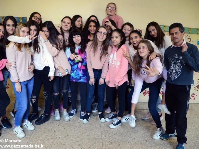 Liceo Da Vinci pink day contro la violenza sulle donne (6)