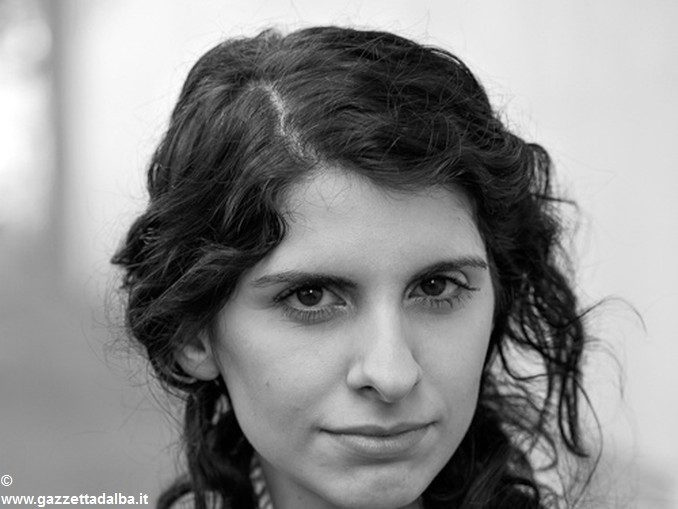 L'attrice albese Miriam Costamagna e La fabbrica della felicità 2