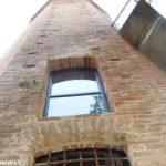 La torre decagona di Corneliano presto sarà agibile all'interno