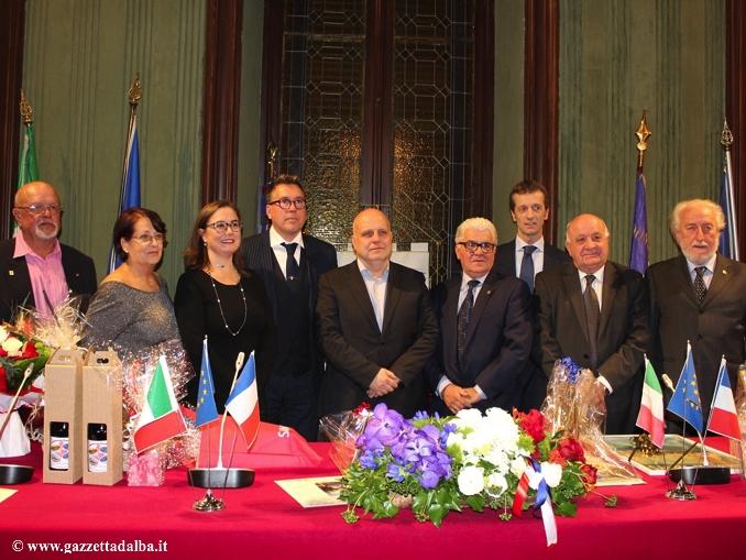 Alba: festeggiato l'anniversario del gemellaggio tra l'Avis e i  donatori stranieri