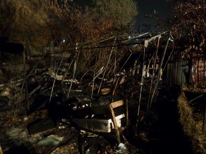 Alba: domato dai vigili del fuoco un incendio nei pressi del cimitero 2