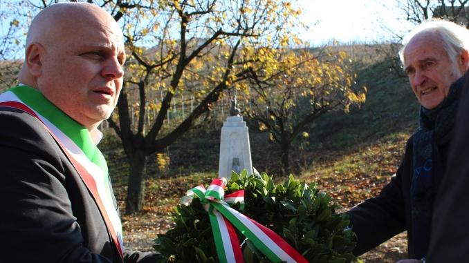 Alba: deposta la corona d'alloro al cippo dedicato a Lorenzo Torchio 1