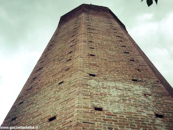 torre corneliano 2