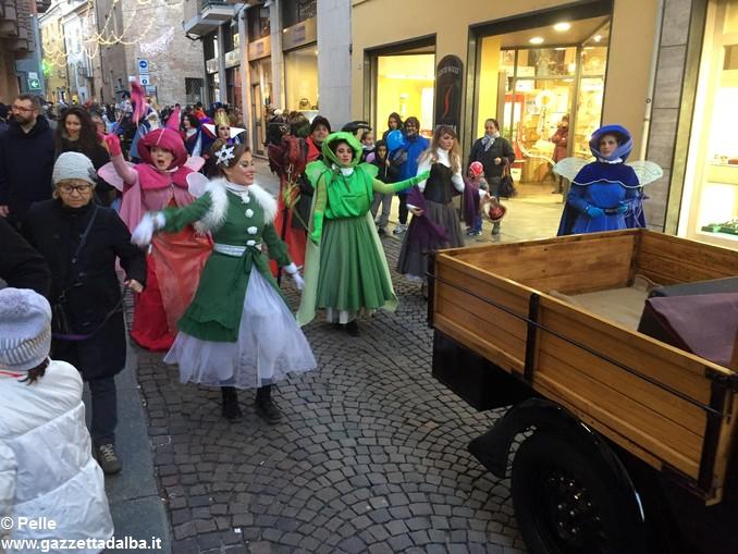 Parata Natale 11 dicembre Alba foto Pelle (12)