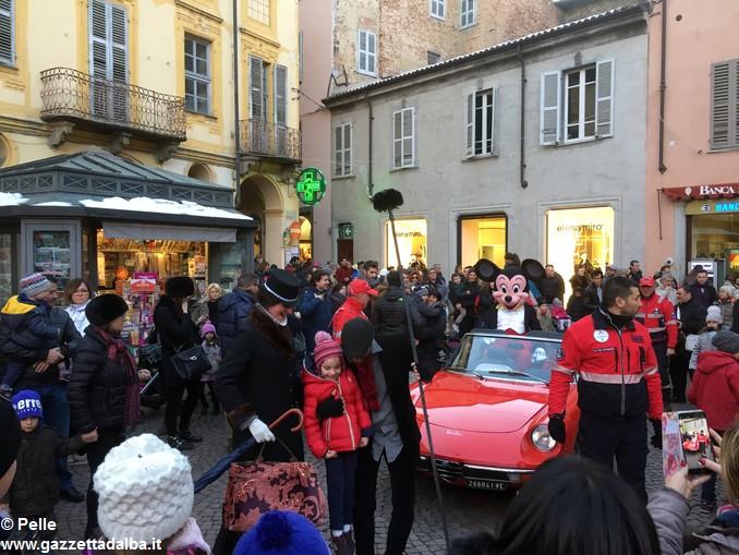 Parata Natale 11 dicembre Alba foto Pelle (2)