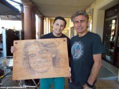 Giovanni Botta, una Bic e una tavola di legno per la magia di un ritratto 3