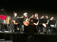 Una festa di note per il concerto di Natale della media Pertini 7