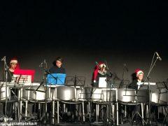 Una festa di note per il concerto di Natale della media Pertini 9